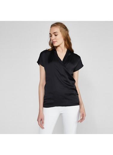 Vekem-Limited Edition Derin V Yakalı Saten Bluz Siyah